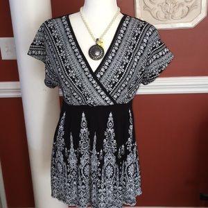 Black/white top, short sleeves, long length